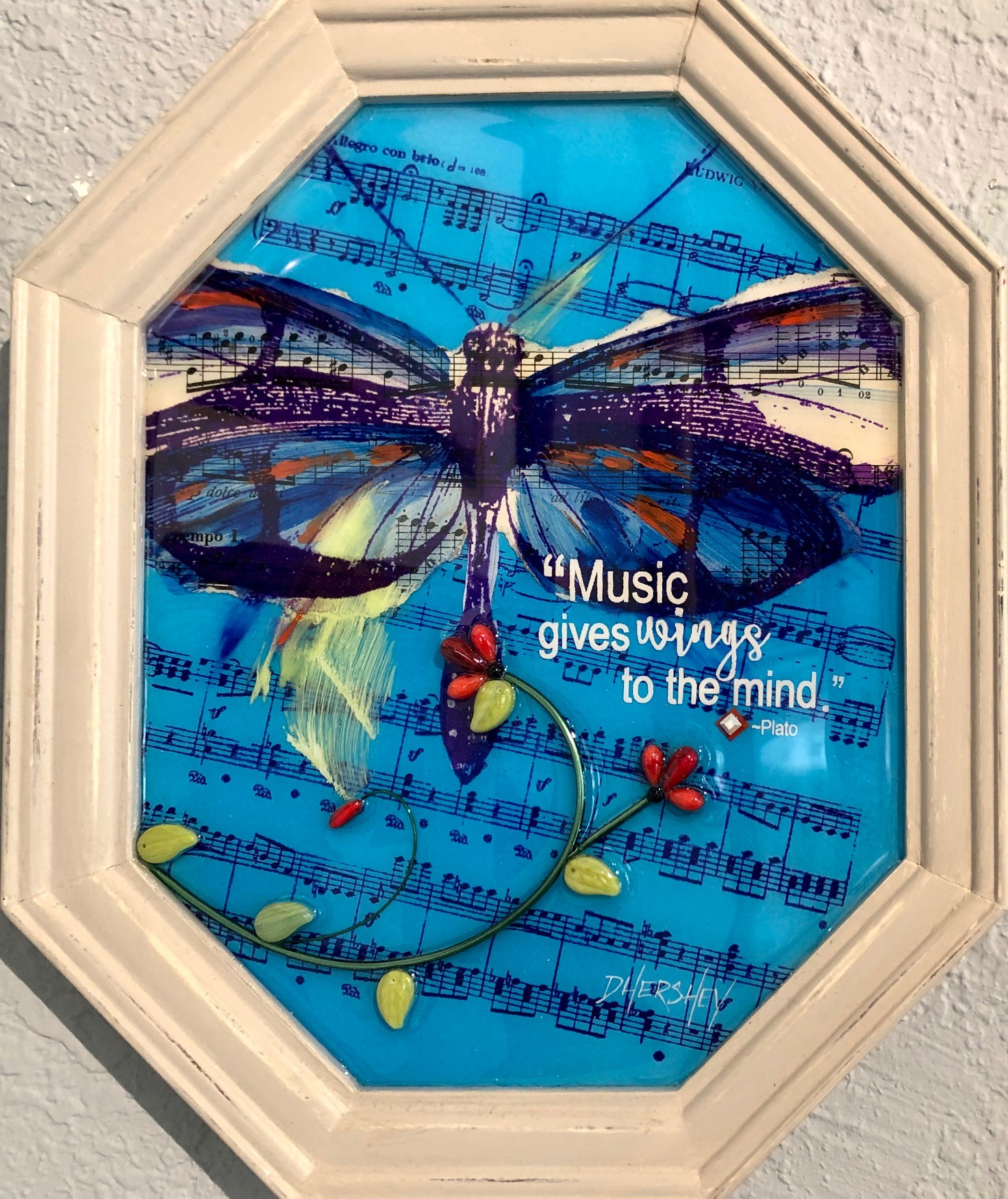Music Gives Wings Glass