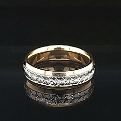 Wheatleaf Engraved 18k Yellow Gold and Platinum Beveled Band