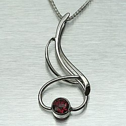 Seagrass Necklace w/ 6mm Garnet
