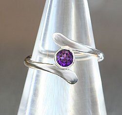 Bypass Ring w/ Amethyst