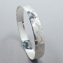 Scroll Bracelet Alt Leaf 10mm